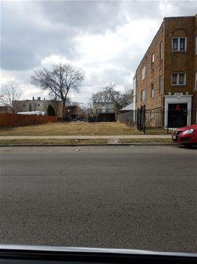 840 N Hamlin, Chicago, IL 60651 Humboldt Park