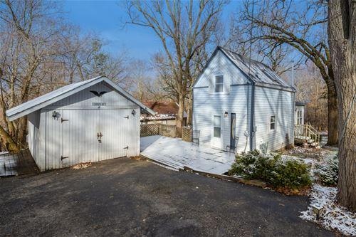 39210 N Jackson, Spring Grove, IL 60081