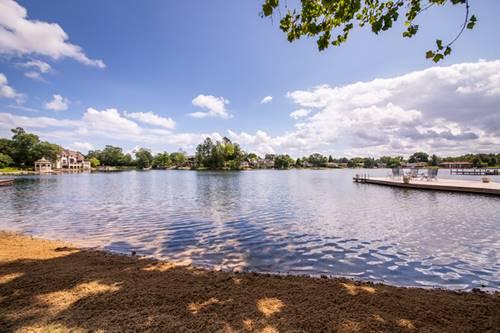 313 Murphy Lake, Park Ridge, IL 60068