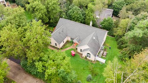 5302 Hayes, Algonquin, IL 60102