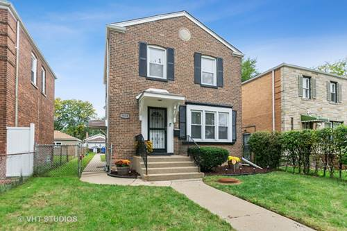 9004 S Blackstone, Chicago, IL 60619 Calumet Heights
