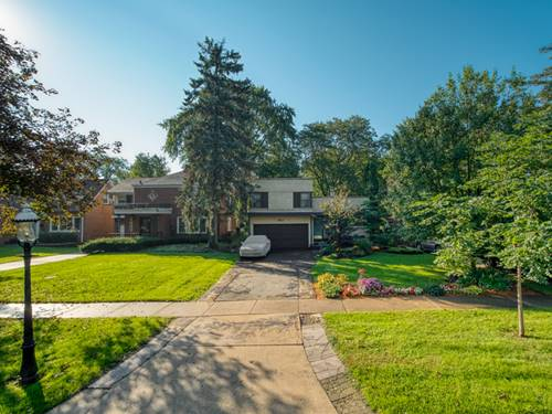 465 Uvedale, Riverside, IL 60546