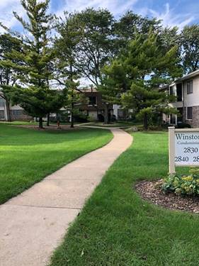 2835 Hobson Unit 5, Woodridge, IL 60517