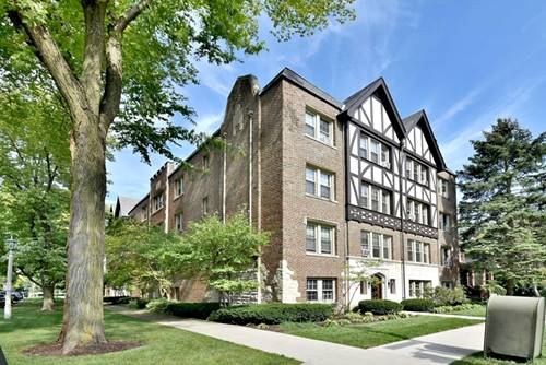 530 Washington Unit 1E, Oak Park, IL 60302
