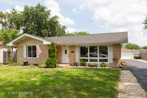 318 Arrowhead, Shorewood, IL 60404