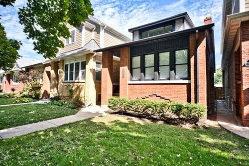4539 N Lowell, Chicago, IL 60630