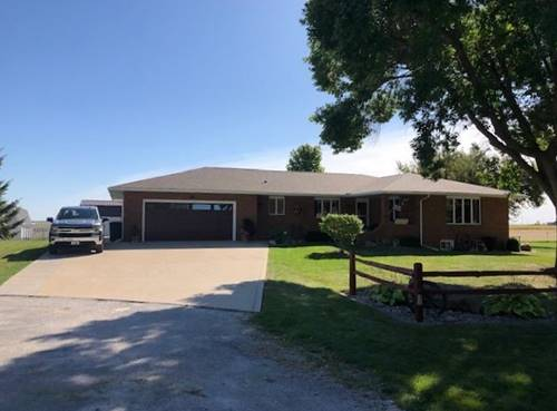 304 Ames, Gifford, IL 61847