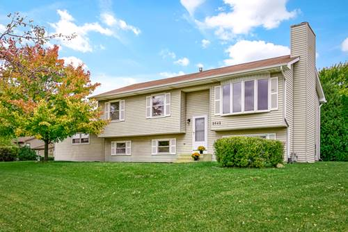 2542 Colony, Lindenhurst, IL 60046