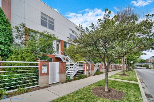 1741 W Wellington, Chicago, IL 60657 Lakeview