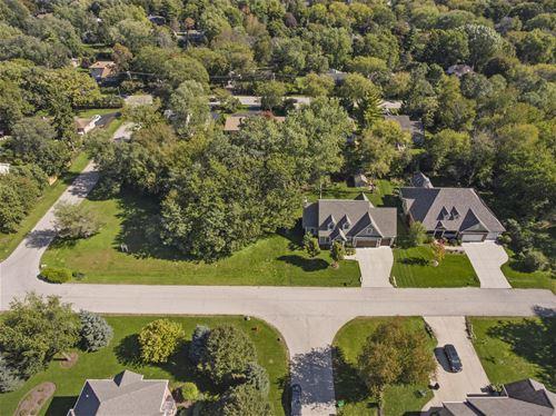 8794 Shade Tree, Lakewood, IL 60014