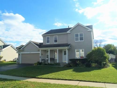2439 College Green, Elgin, IL 60124