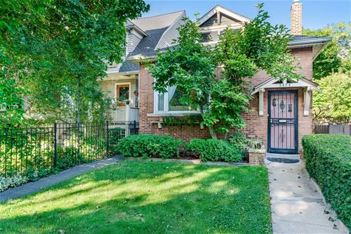 5474 S Ridgewood, Chicago, IL 60615 Hyde Park