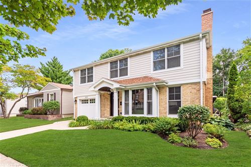 1005 N Race, Arlington Heights, IL 60004