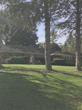 1715 W Main, Sleepy Hollow, IL 60118