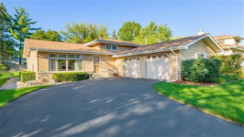 252 Robinson, Westmont, IL 60559