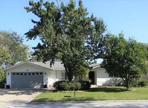 251 N Maple, Frankfort, IL 60423