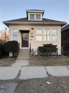7509 S Clyde, Chicago, IL 60649 South Shore