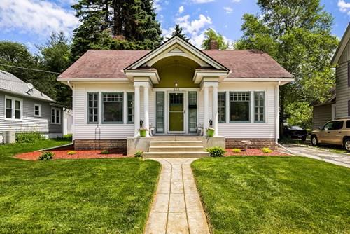 833 Cedar, Elgin, IL 60120