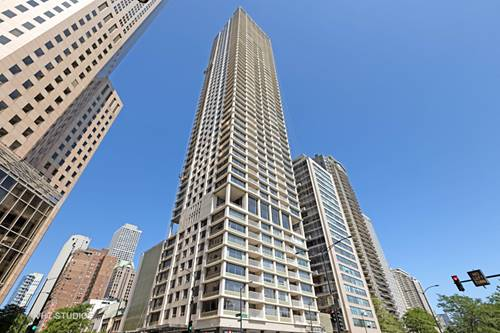 1000 N Lake Shore Unit 13A, Chicago, IL 60611 Gold Coast