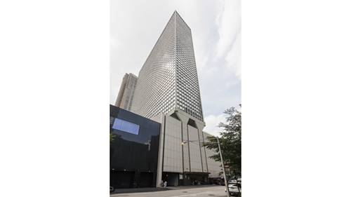 111 E Chestnut Unit 55J, Chicago, IL 60611 Gold Coast