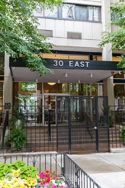 30 E Division Unit 14B, Chicago, IL 60610 Gold Coast