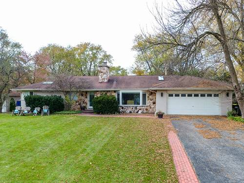 404 Hillcrest, Prospect Heights, IL 60070