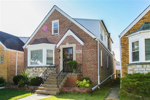 2942 N New England, Chicago, IL 60634