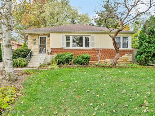 900 Meadowlawn, Downers Grove, IL 60516