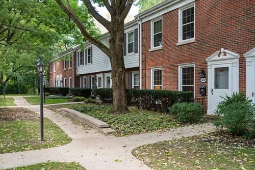 1603 Pebblecreek, Glenview, IL 60025
