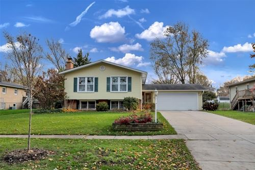 737 Claremont, Downers Grove, IL 60516