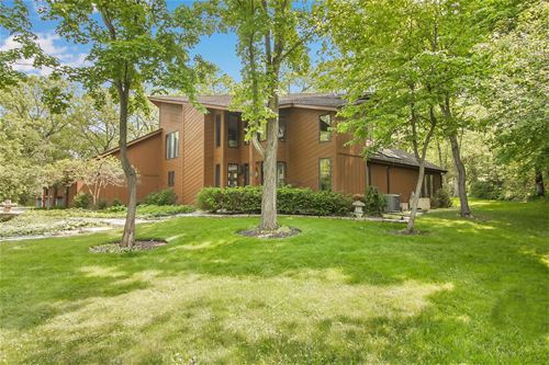 14521 Trailway, Lake Forest, IL 60045