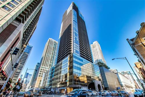 10 E Ontario Unit 1305, Chicago, IL 60611 River North