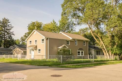 21 E Willow, Round Lake Park, IL 60073