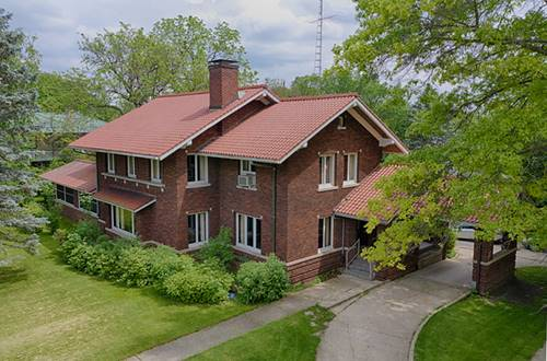 301 Church, Harvard, IL 60033