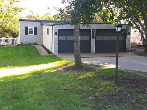 111 Hilltop, Lake In The Hills, IL 60156