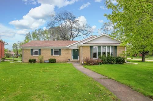 572 Clark, Hinckley, IL 60520