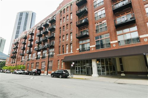360 W Illinois Unit 204, Chicago, IL 60654
