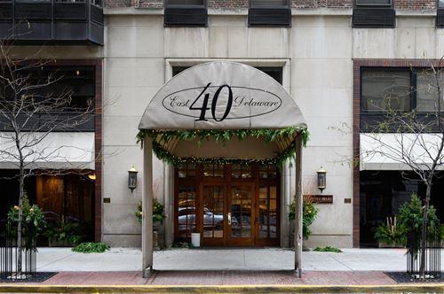 40 E Delaware Unit 1305, Chicago, IL 60611 Gold Coast
