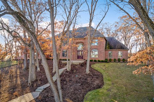 5N130 Dover Hill, St. Charles, IL 60174