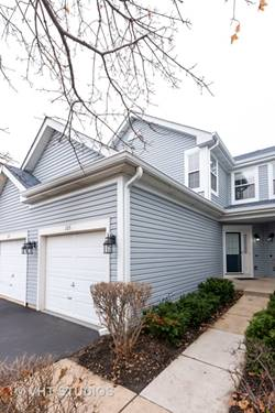 105 Northlight Passe, Lake In The Hills, IL 60156
