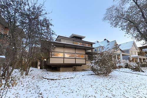 524 N Cuyler, Oak Park, IL 60302