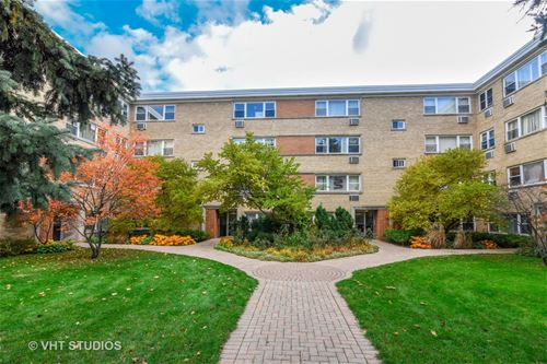 7427 N Ridge Unit LGF, Chicago, IL 60645 Rogers Park