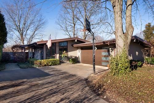 934 Appletree, Deerfield, IL 60015