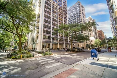 222 E Pearson Unit 2009, Chicago, IL 60611 Streeterville