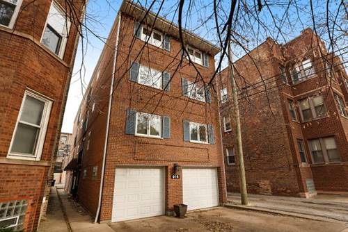 916 W Wolfram Unit 1B, Chicago, IL 60657 Lakeview