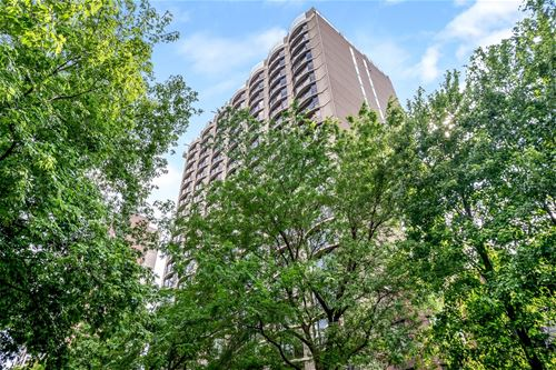 1440 N State Unit 7A, Chicago, IL 60610 Gold Coast