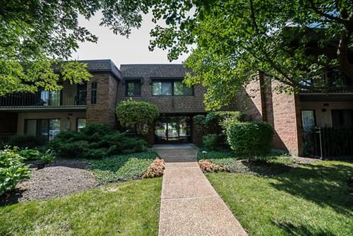 110 Old Oak Unit 137, Buffalo Grove, IL 60089