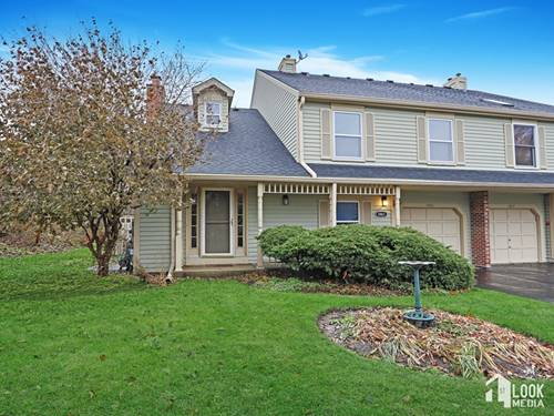 1461 Queensgreen, Naperville, IL 60563