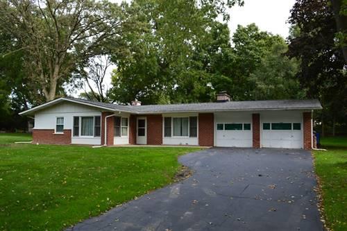 910 Rosewood, Carpentersville, IL 60110
