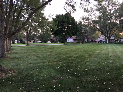 6860 Center, Hanover Park, IL 60133
